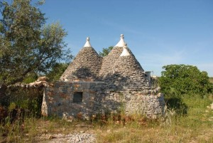 Puglia Trullo restoring project for sale