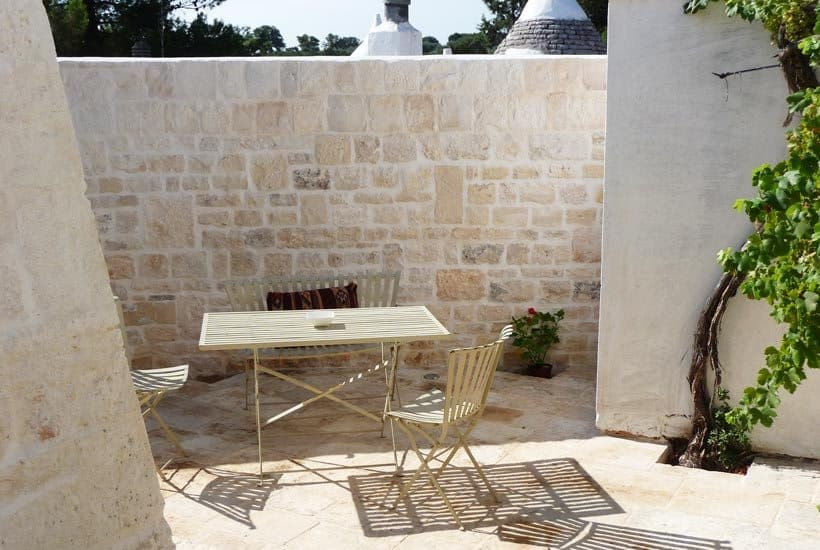 Trullo's courtyard
