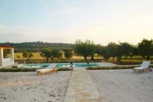 Swimming pool in masseria Settarte