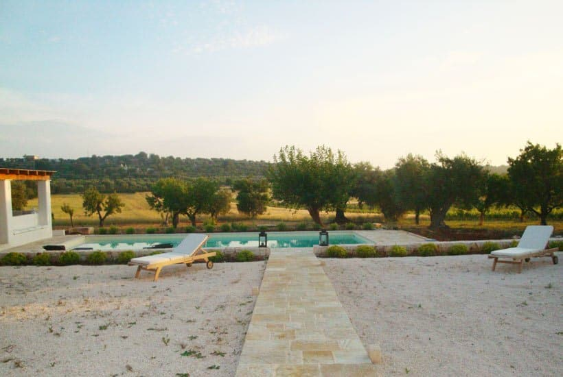 Swimming pool in masseria Settarte