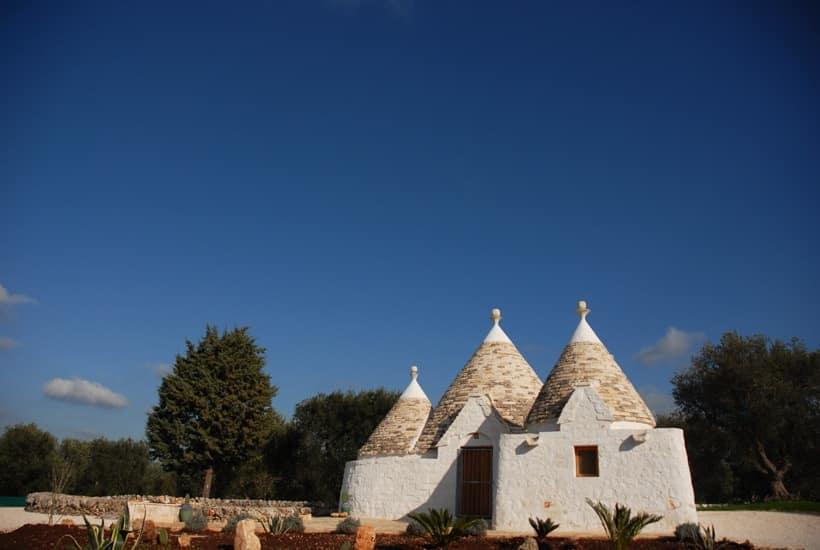 Trulli Chiobbica restoring in Ostuni, Puglia