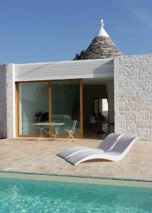 Trullo for rent with swimming pool