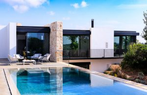 New build house with Swimming pool in Ostuni