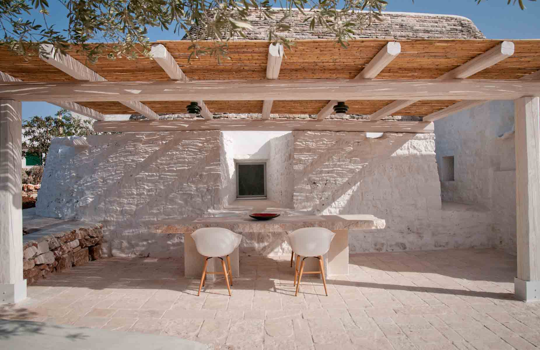 Gazebo in a trullo
