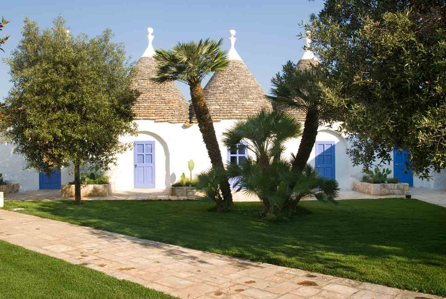 Courtyard in a masseria in Valle d'Itria